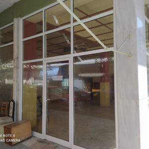 Ενοικιάζεται ισόγειο  γωνιακο κατάστημα Δελφών