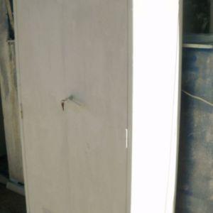 Δίφυλλη μεταλλική ντουλάπα εξωτερικού χώρου, ανθεκτική, με 4 ράφια