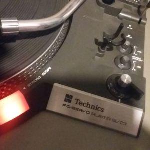 Πικαπ VINTAGE  phono  turntable  TECHNICS FG SERVO PLAYER SR 23