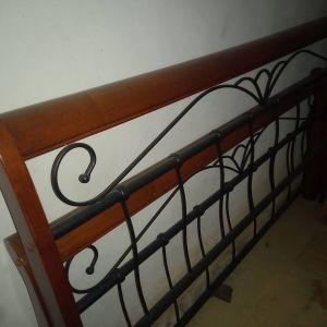 Κρεβάτι Διπλό Μεταλλικό και ξύλο/ Με Τάβλες