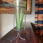 Vintage Πράσινο Γυάλινο Βάζο σε σχήμα κώνου