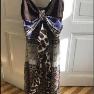 Φόρεμα Rinascimento Medium