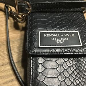 Τσάντα KENDALL + KYLIE
