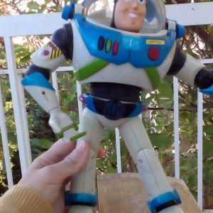 Buzz lightgear toy story παιχνίδι που μιλάει με μπαταρίες Hasbro 2001