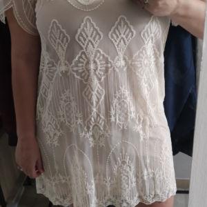 Zara φόρεμα L embroidered με δαντέλα και κεντήματα