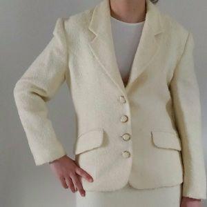 Ασπρο μαλλινο σακακι