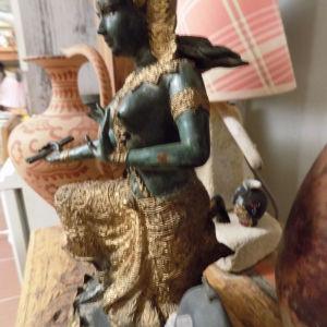 αγαλμα  μπρουτζινο Ταυλανδης