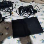Πωλείται PlayStation 2 με ένα μοχλό σε άψογη κατάσταση τιμή 50 ευρώ συζητήσιμη