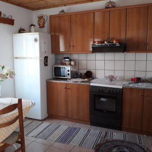 Λέσβος - Ερεσός Μονοκατοικία 110τ.μ. πωλείται ή ανταλλάσσεται με ακίνητο ίσης αξίας στην Αθήνα