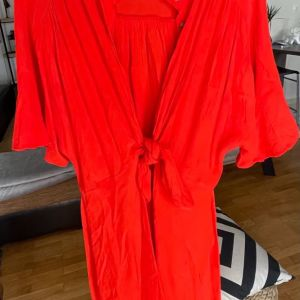 Φόρεμα- Καφτάνι με φιόγκο XS