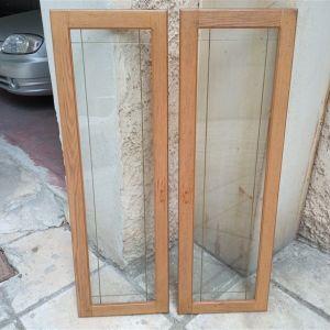 Δυο πόρτες ξύλινες με τζαμι μεγάλες