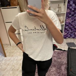Holister t-shirt