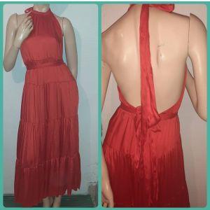 κόκκινο σατέν μαξι φόρεμα