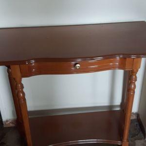 ξύλινο τραπεζάκι εισόδου vintage