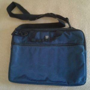 Τσάντα laptop 15'