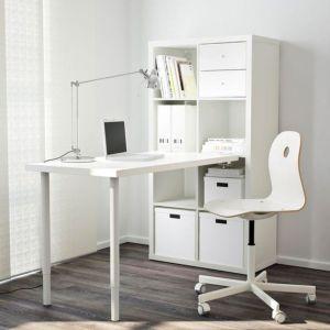 ΓΡΑΦΕΙΑ Από 48€,Μόνο 24€ το ένα, Επιφάνεια εργασίας λευκή Πόδια Κόκκινα.Basic Modern 100 x 60 Ιδανική Φοιτητές Παιδικά δωμάτια. Σχεδόν καινούργια γραφείο που δούλεψε.Μόνο 3μήνες. Έχουμε 10 γραφεία