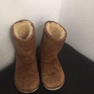ugg Australia μπότες παιδικές νούμερο 28