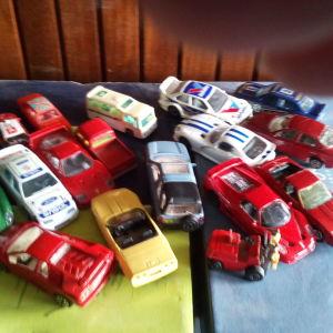 17 αυτοκινητακια