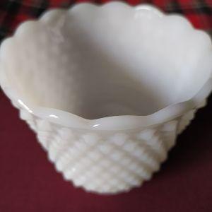 Vintage λευκή οπαλινα.
