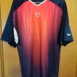 Nike football dri fit shirt large