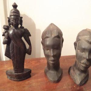 4 ξύλινα αγαλματίδια