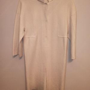 Γυναικείο παλτό μαντό