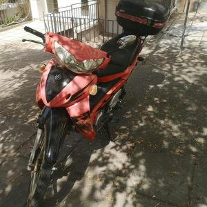 μηχανή 100cc