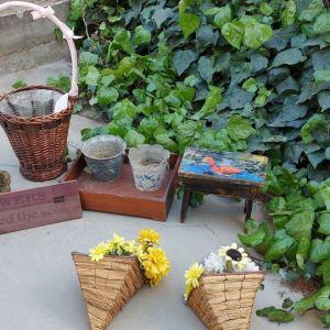 Διαφορά διακοσμητικά 10 τμχ για βεράντα η κήπο. Ότι ακριβώς βλέπετε στην φωτο. Ολα μαζι σούπερ ΤΙΜΗ ΜΟΝΟ!!!