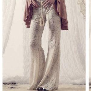 Nidodileda lace trousers