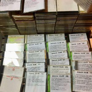 Πάνω από 130 cd - House & R&B ( δωρεάν μεταφορικά )