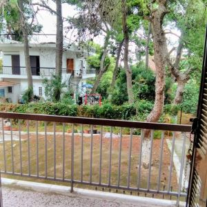 Ενοικιάζεται διαμέρισμα 55 τ.μ. υπερυψωμένου ισογείου (Ζούμπερι)