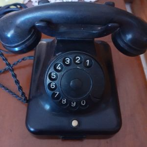 Τηλέφωνο αντίκα απο βακελίτη