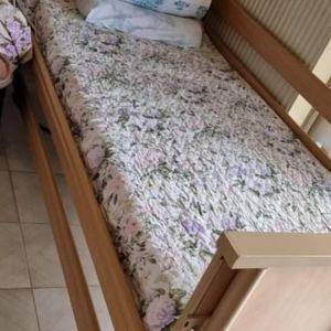 Ηλεκτρικό ξύλινο νοσοκομειακό κρεβάτι για αγορά ή ενοίκιο.