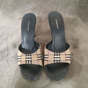 Burberry leather authentic