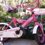 Κοριτσίστικο ποδήλατο 12΄ ιντσών με βοηθητικές ρόδες.