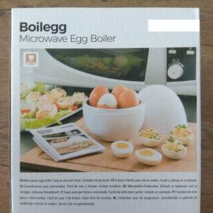 Συσκευή για βράσιμο αυγών στον φούρνο μικροκυμάτων με βιβλίο συνταγών Boilegg InnovaGoods