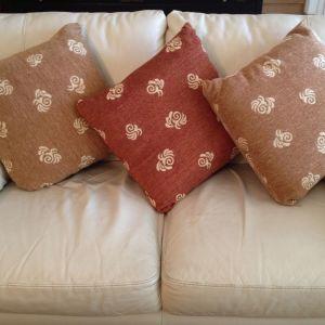 (4) Μαξιλάρια καναπέ
