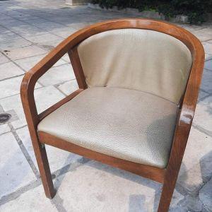 Ξύλινες καρέκλες εσωτερικού χώρου