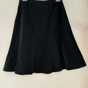 Βελουτέ φούστα με πιέτες