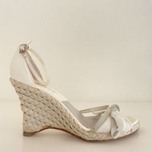 CHRISTIAN DIOR Shoes in excellent condition. Size 38,5