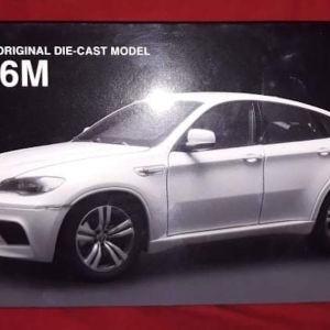 BMW X6M / KYOSHO / 1:18 / WHITE / DIECAST