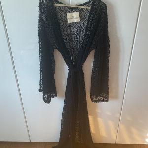 Nidodileda Vintage Leda Κιμονό μαύρη δαντέλα με τη ζώνη του / Nidodileda vintage black lace kimono with belt