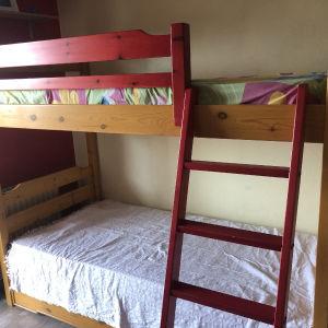 ξύλινη κουκέτα (με 3ο κρεβάτι από κάτω )