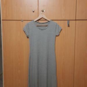 Ριγε φορεμα μαξι ασπρο μπλε με δυο ανοιγματα στο πλαι