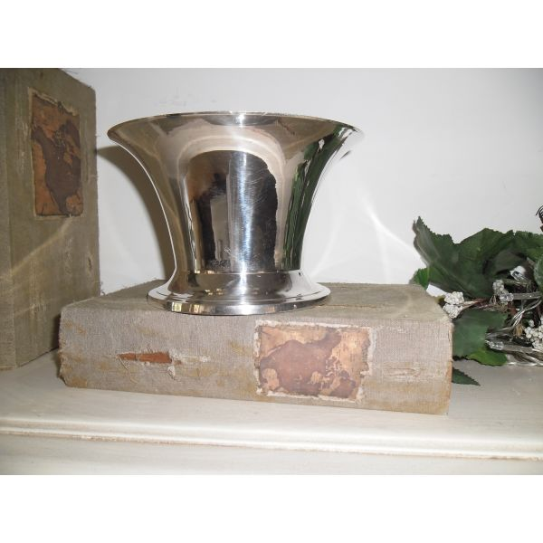 epargiro kaspo/vazo