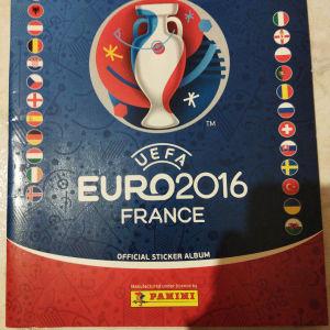 ποδοσφαιρικά άλμπουμ μόνο 5 ευρώ