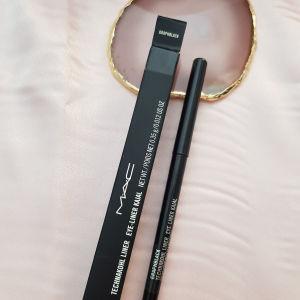 Μολύβι ματιών Mac Technakohl Liner