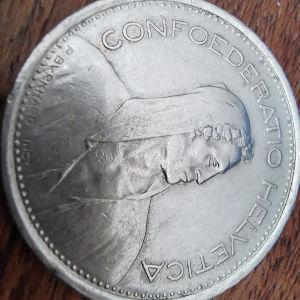 5 F R 1975