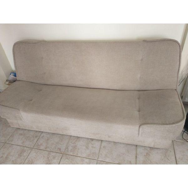 kanapes krevati