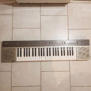 Yamaha keyboard ps-35